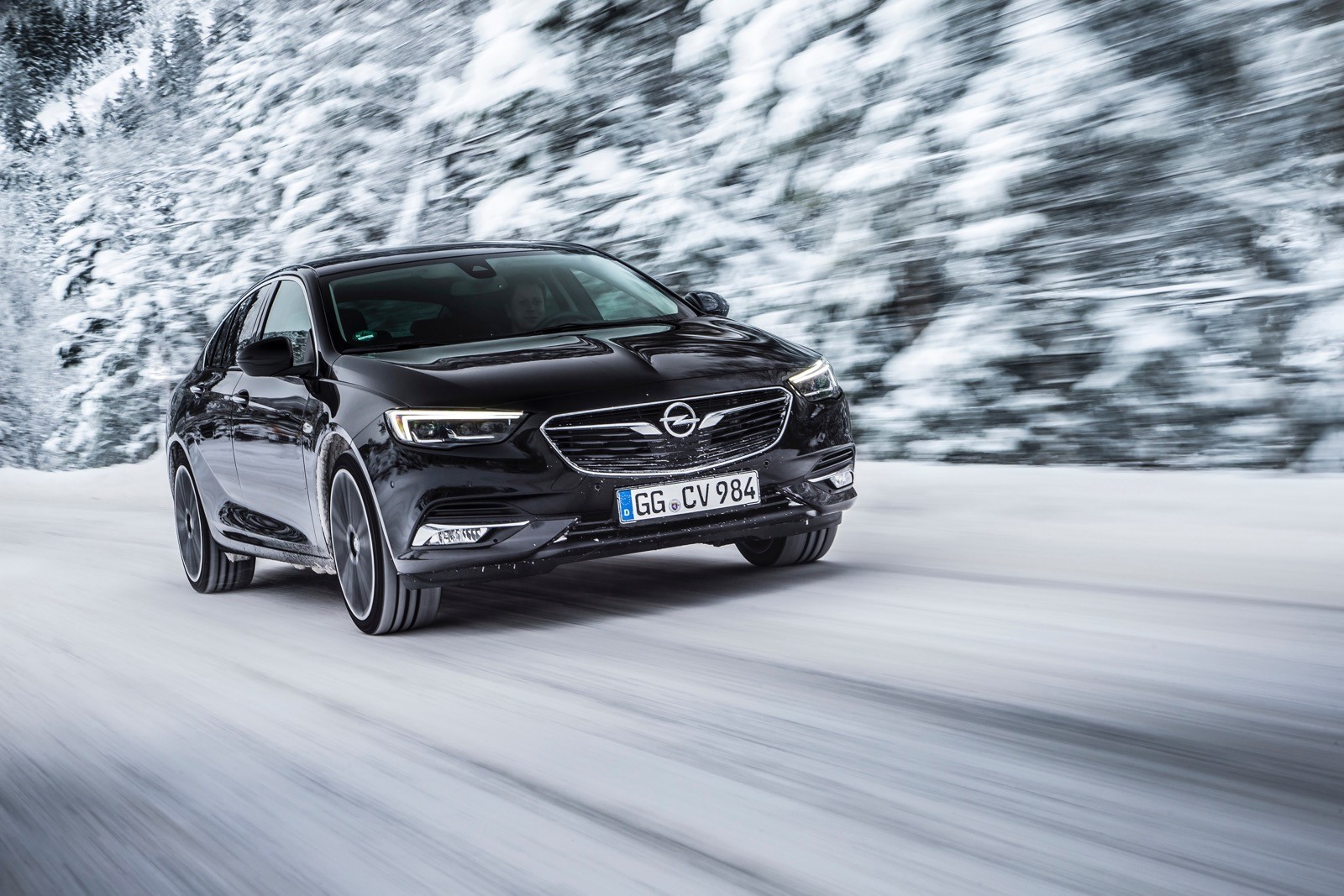 Opel Insignia Sports Tourer 2017 First Test Drive (73)