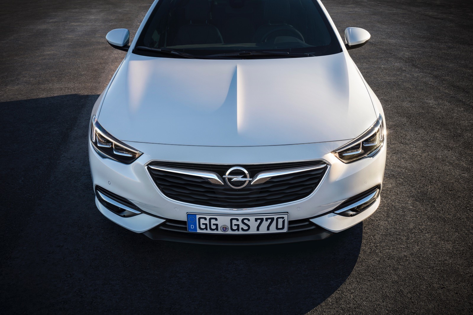 Opel Insignia Sports Tourer 2017 First Test Drive (81)
