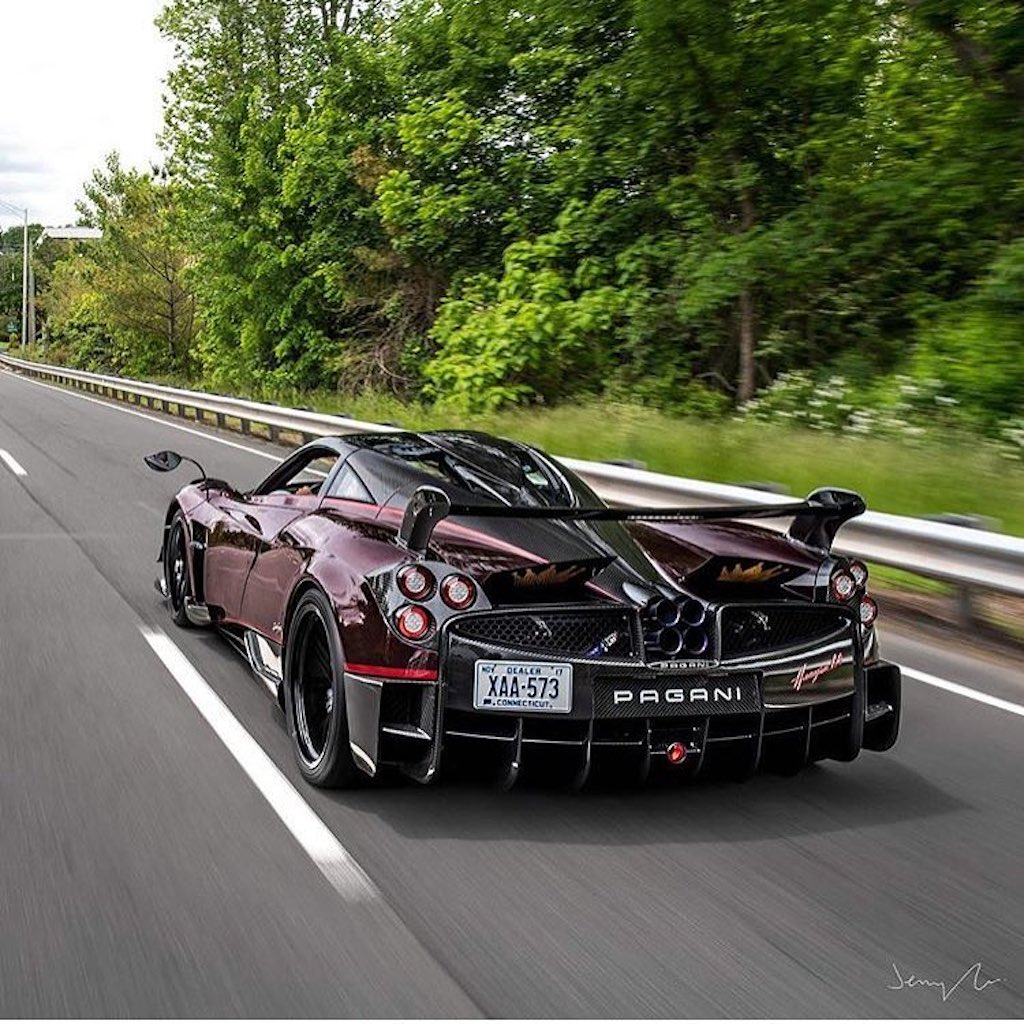 Pagani Huayra BC red carbon (10)