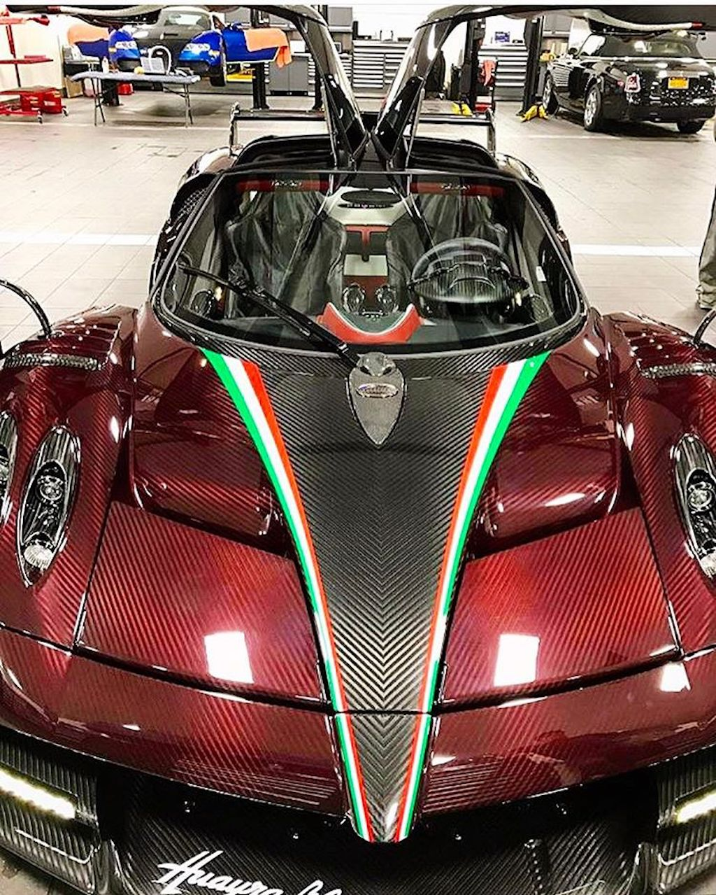 Pagani Huayra BC red carbon (2)