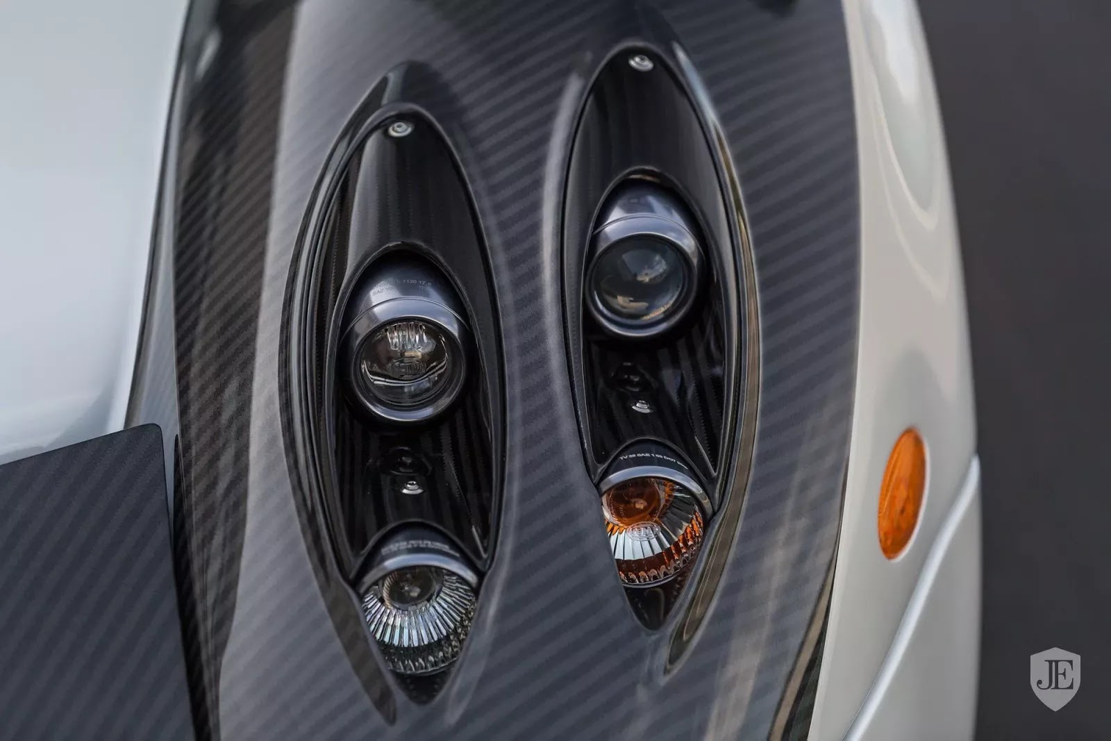 Pagani_Huayra_for_sale_0020