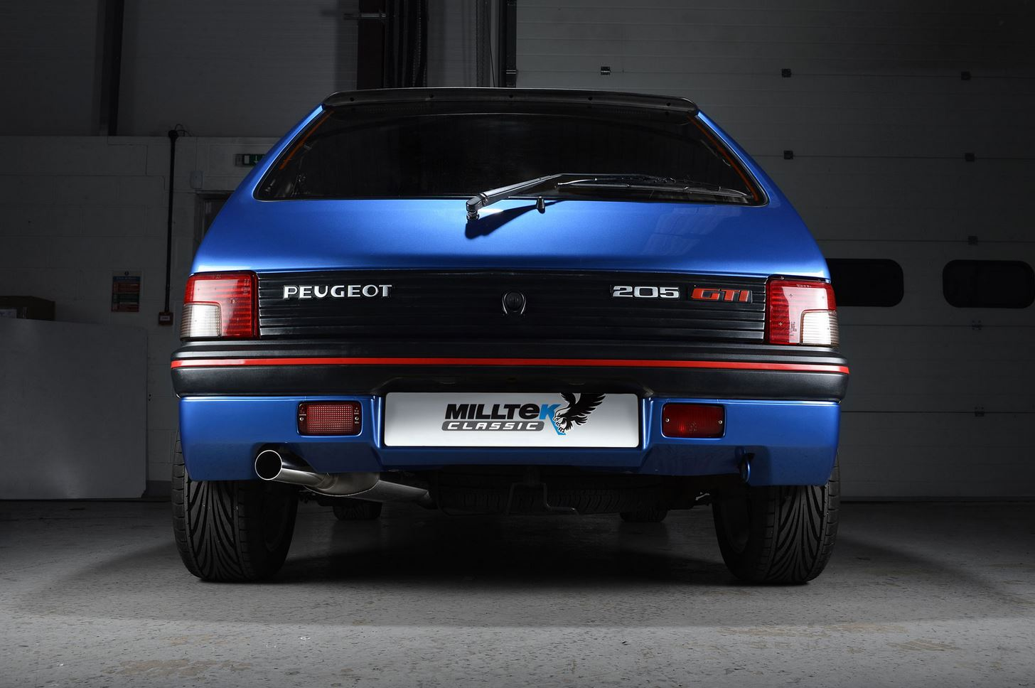 Peugeot_205_GTI_exhaust_by_Milltek_Classic_04