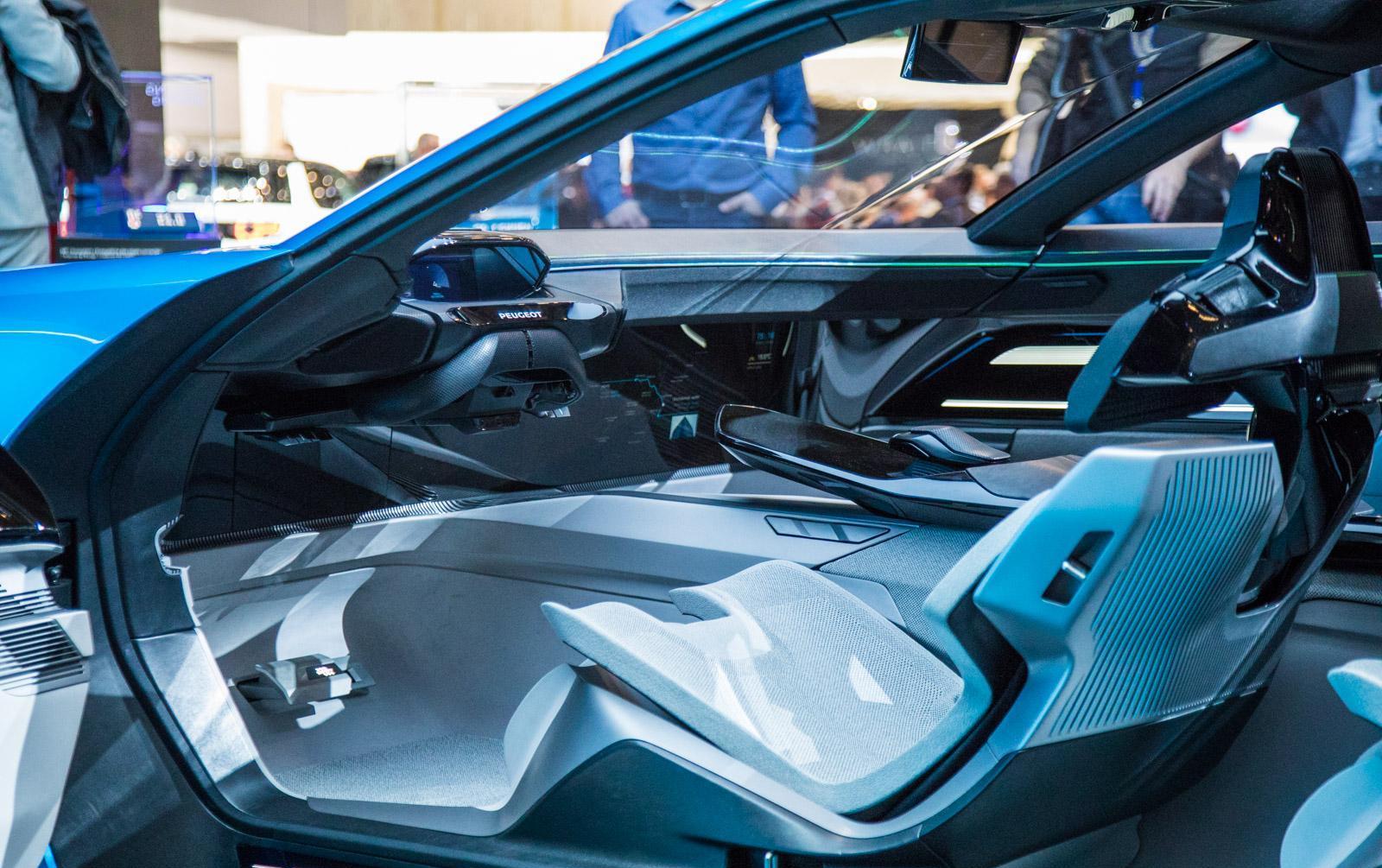 Peugeot-instinct-concept-010