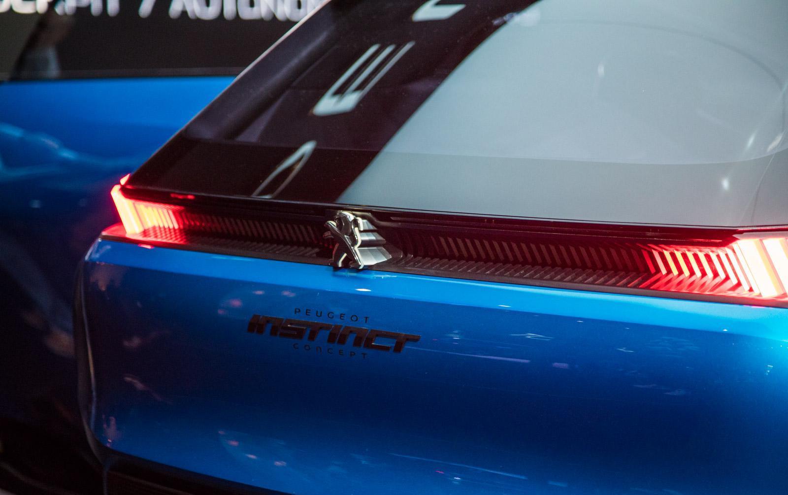 Peugeot-instinct-concept-015