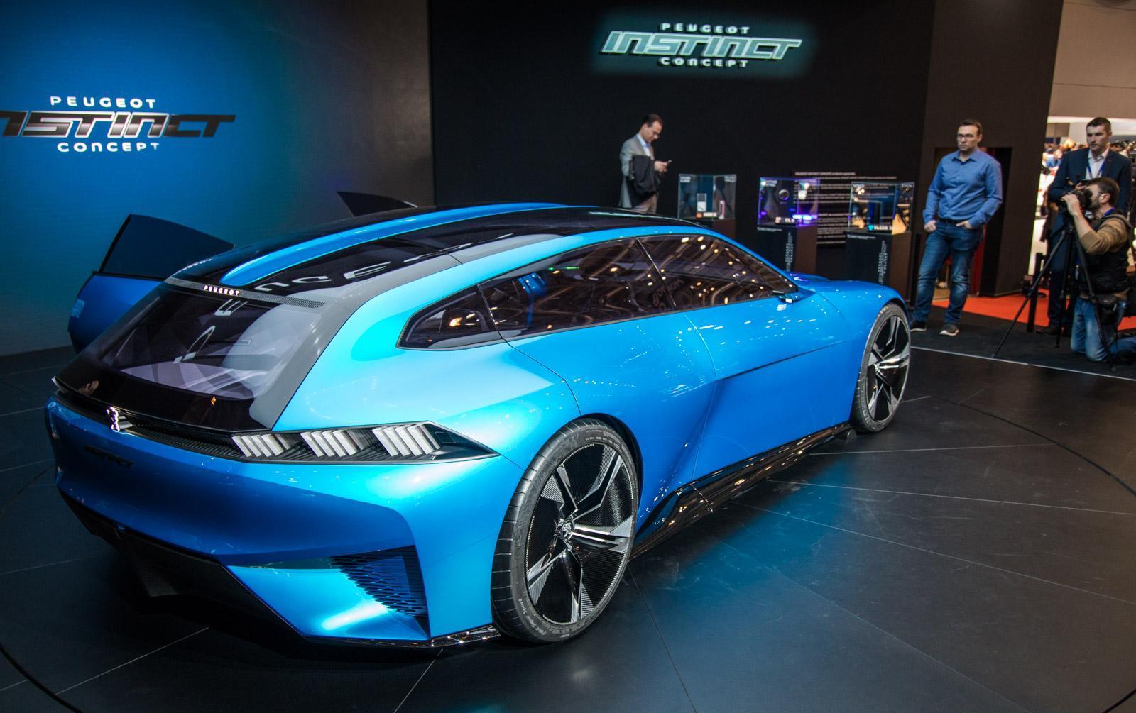 Peugeot-instinct-concept-018