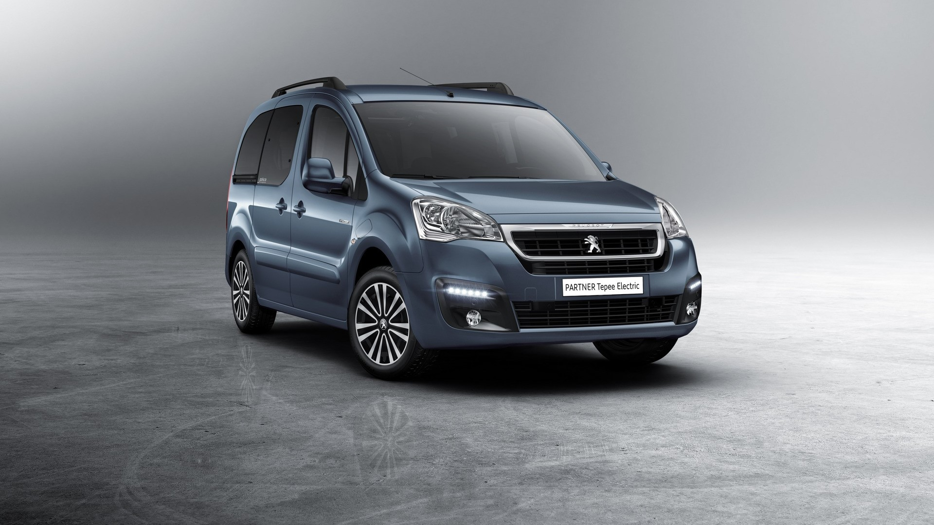 Peugeot Partner Tepee Electric (2)