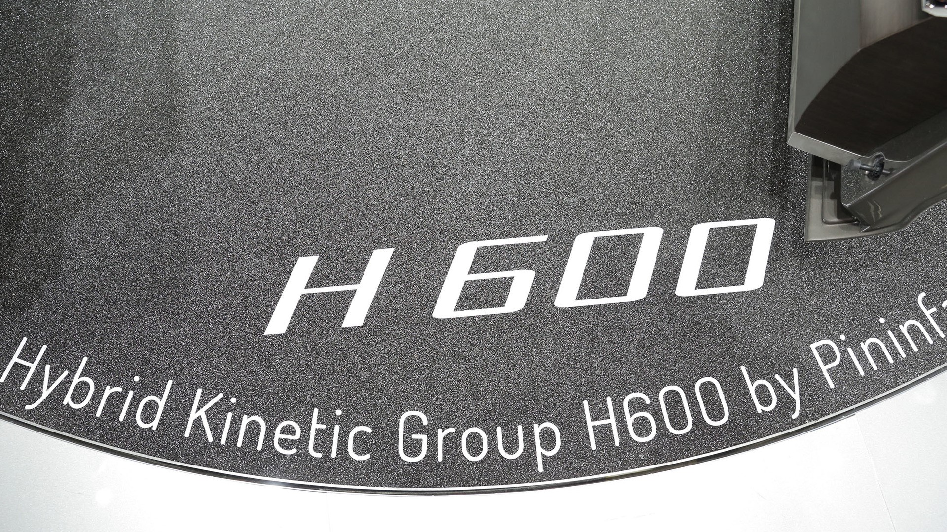 pininfarina-h600-concept (24)
