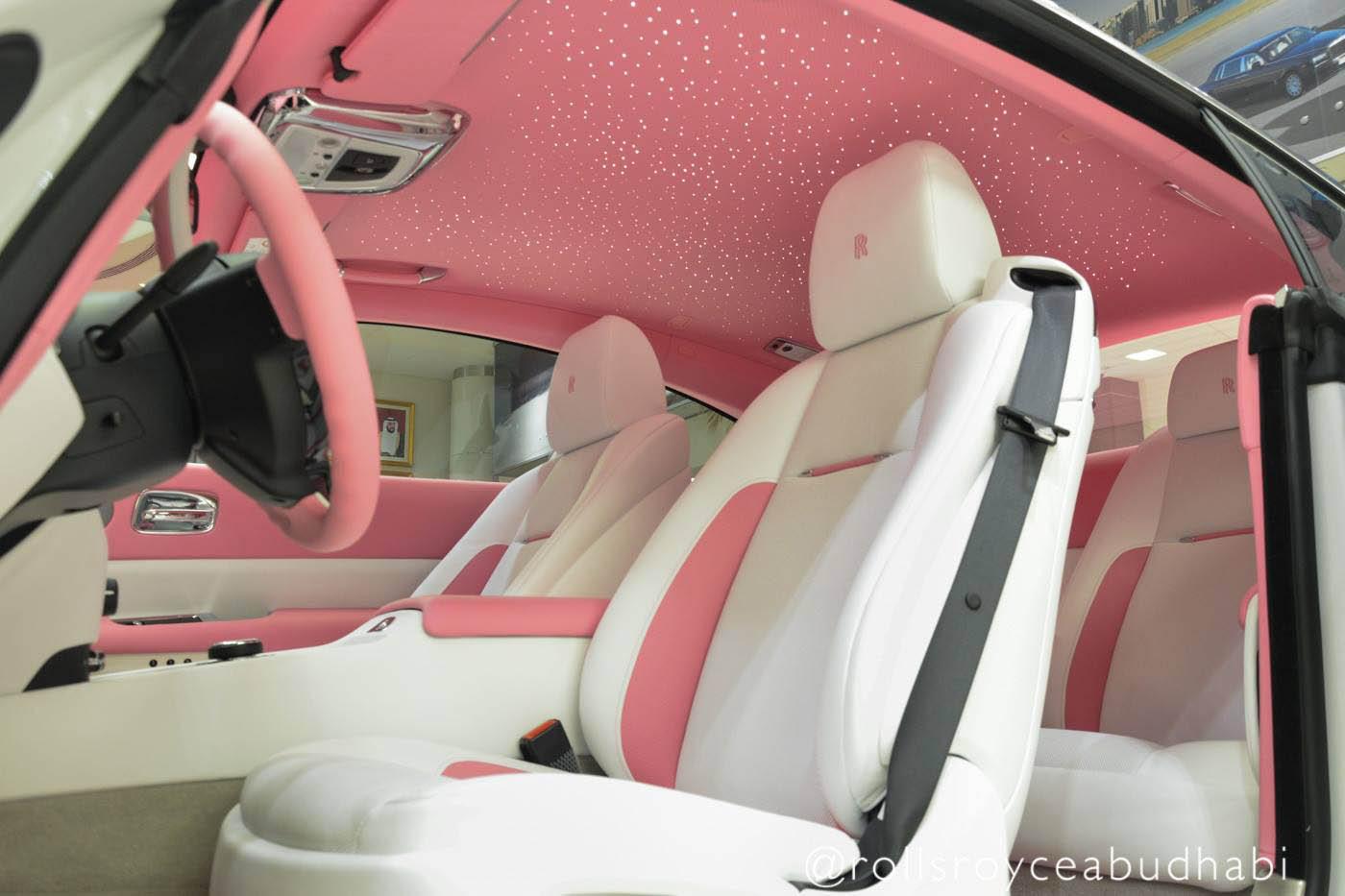 Pink_Rolls-Royce_Wraith_01