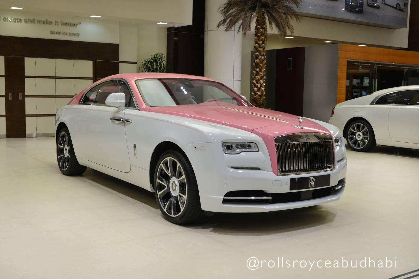 Pink_Rolls-Royce_Wraith_04