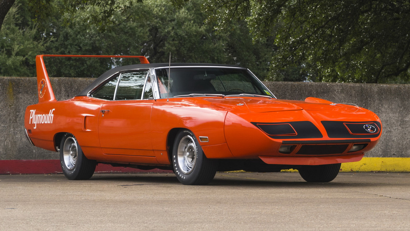 Plymouth Hemi Superbird 1970 in auction (12)
