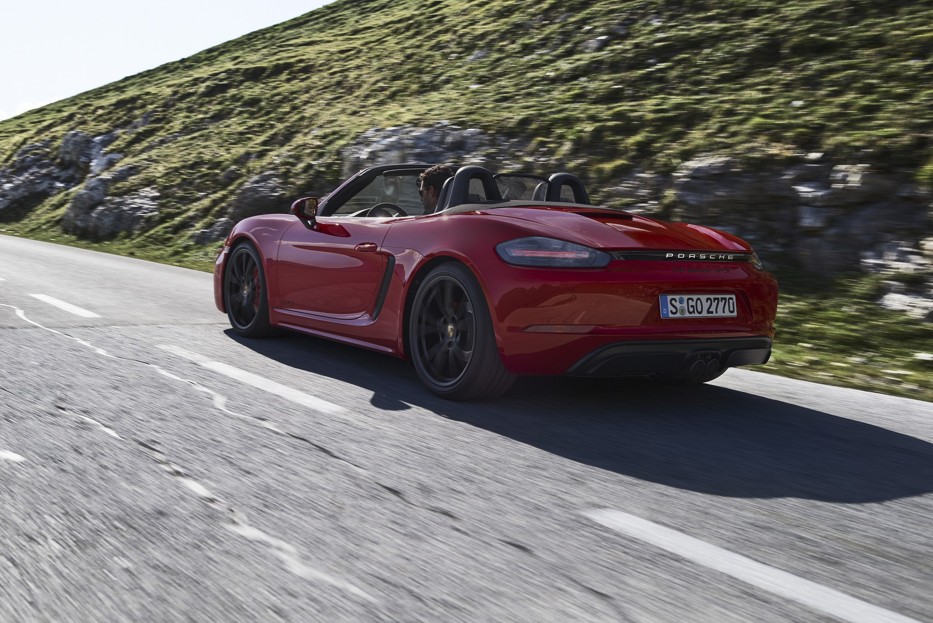 Porsche 718 Boxster GTS and 718 Cayman GTS 2018 (12)