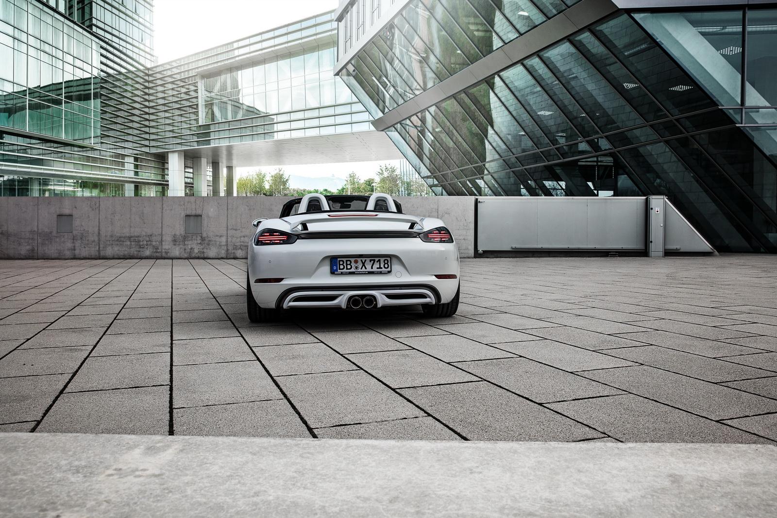 Porsche_718_Boxster_S_by_TechArt_03