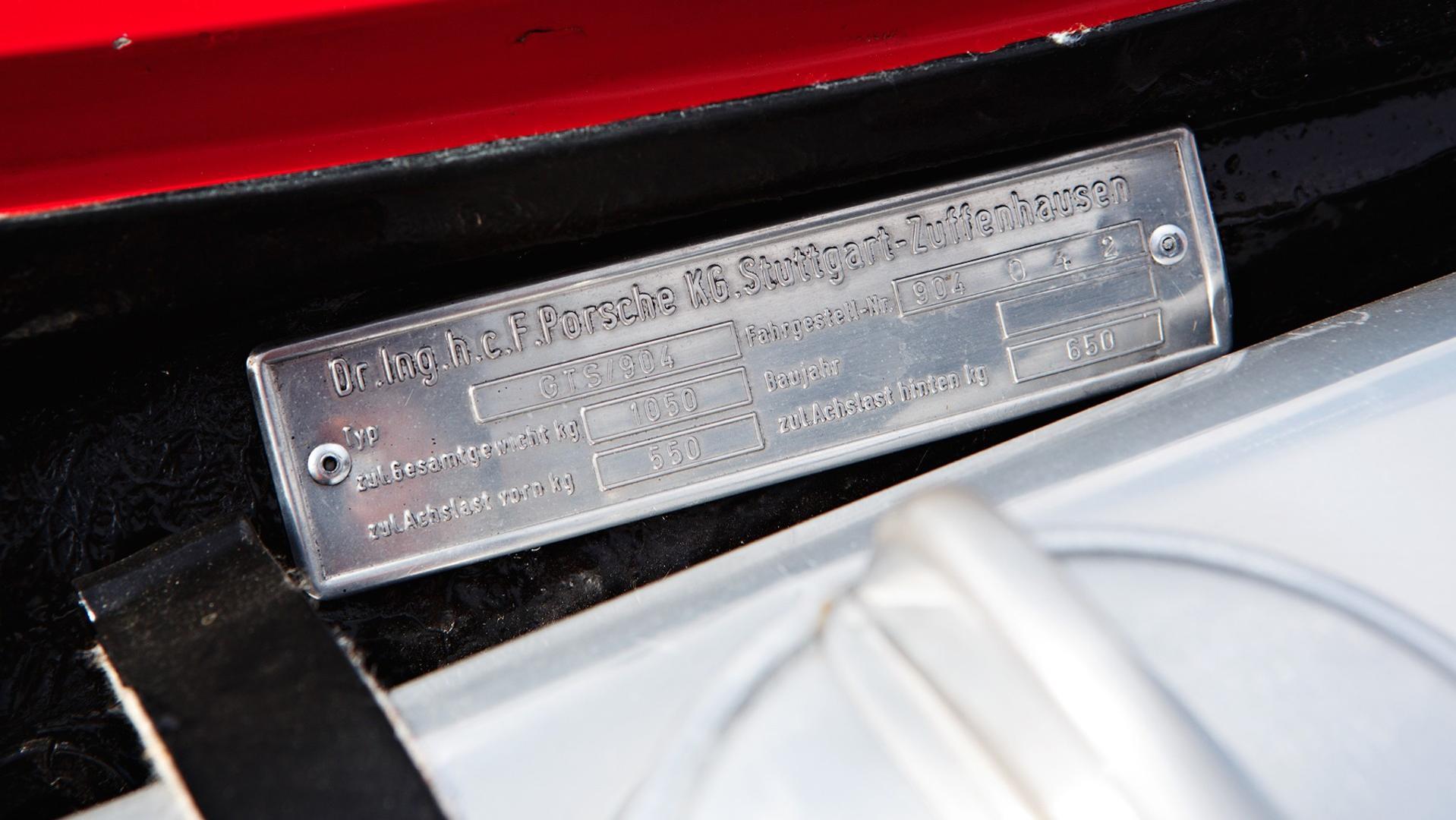 Porsche_904_Auction_04