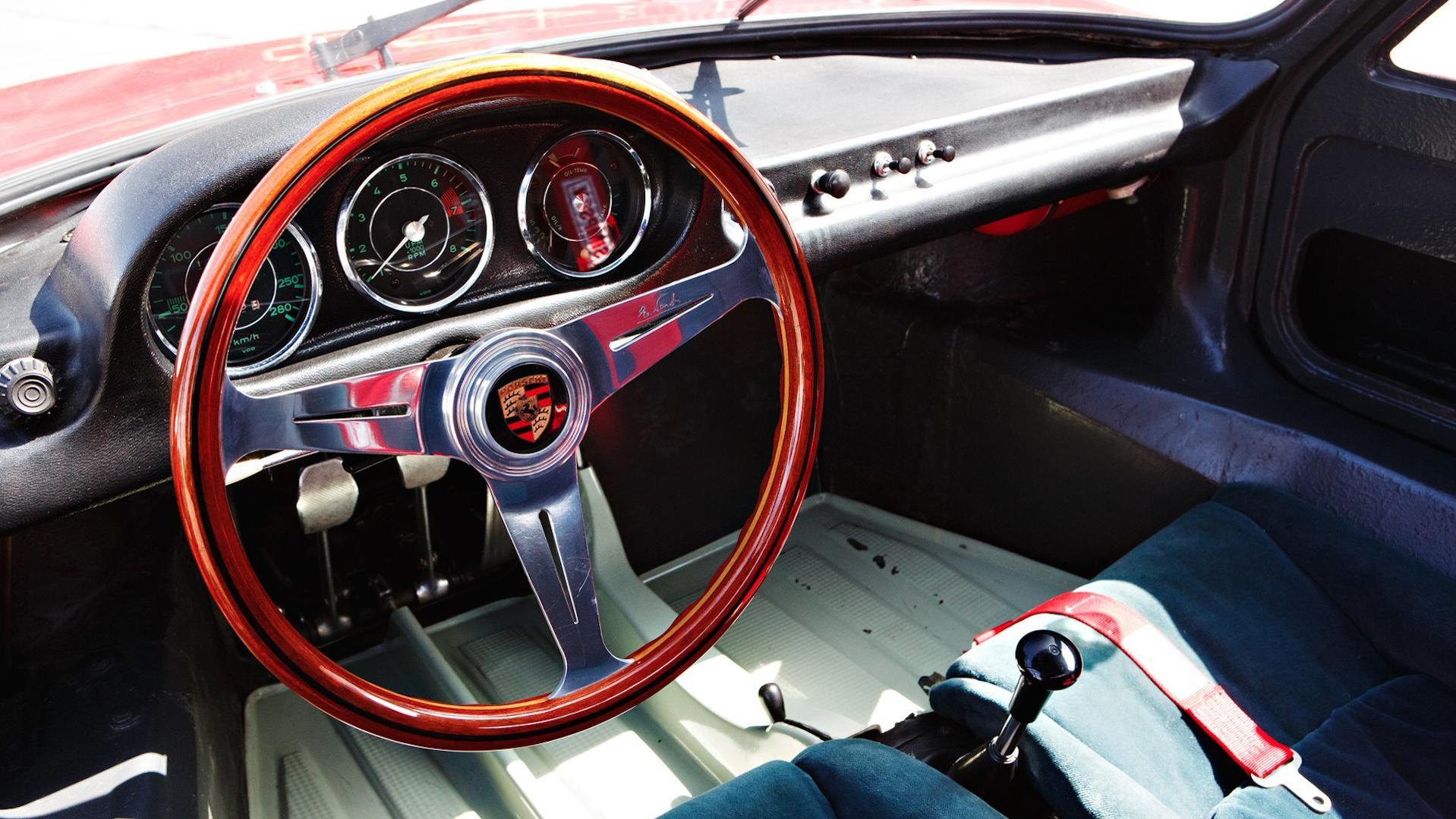 Porsche_904_Auction_05