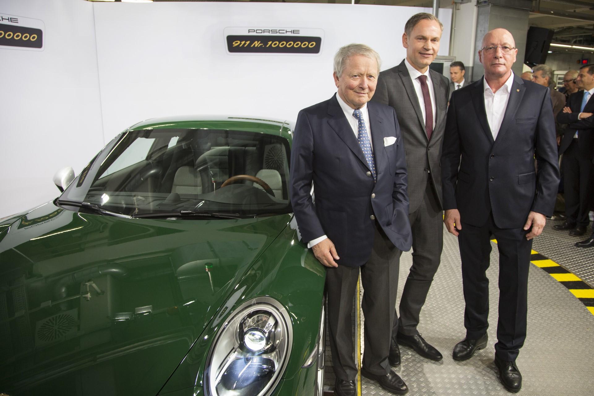 Porsche 911 1 million (1)