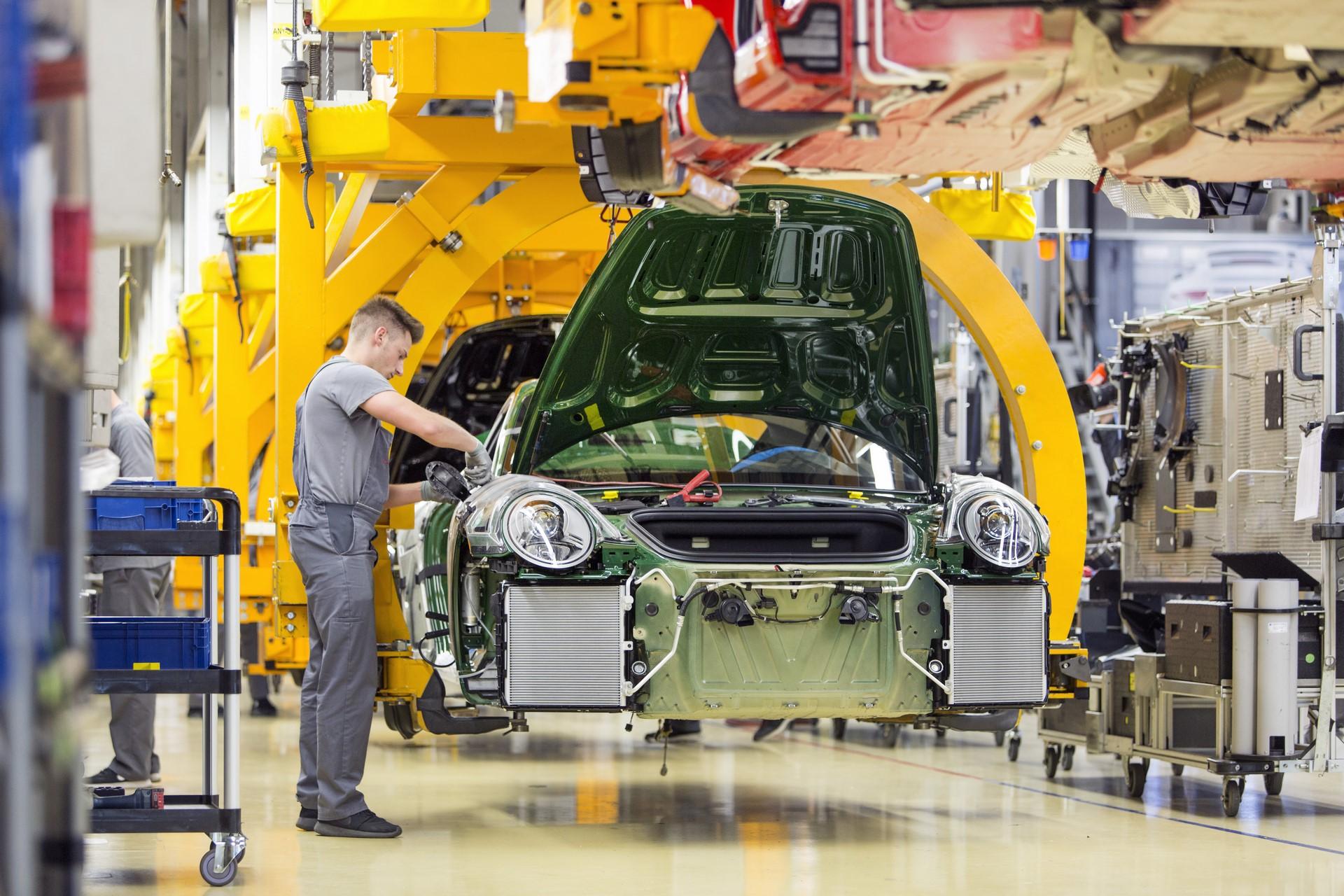 Porsche 911 1 million (7)
