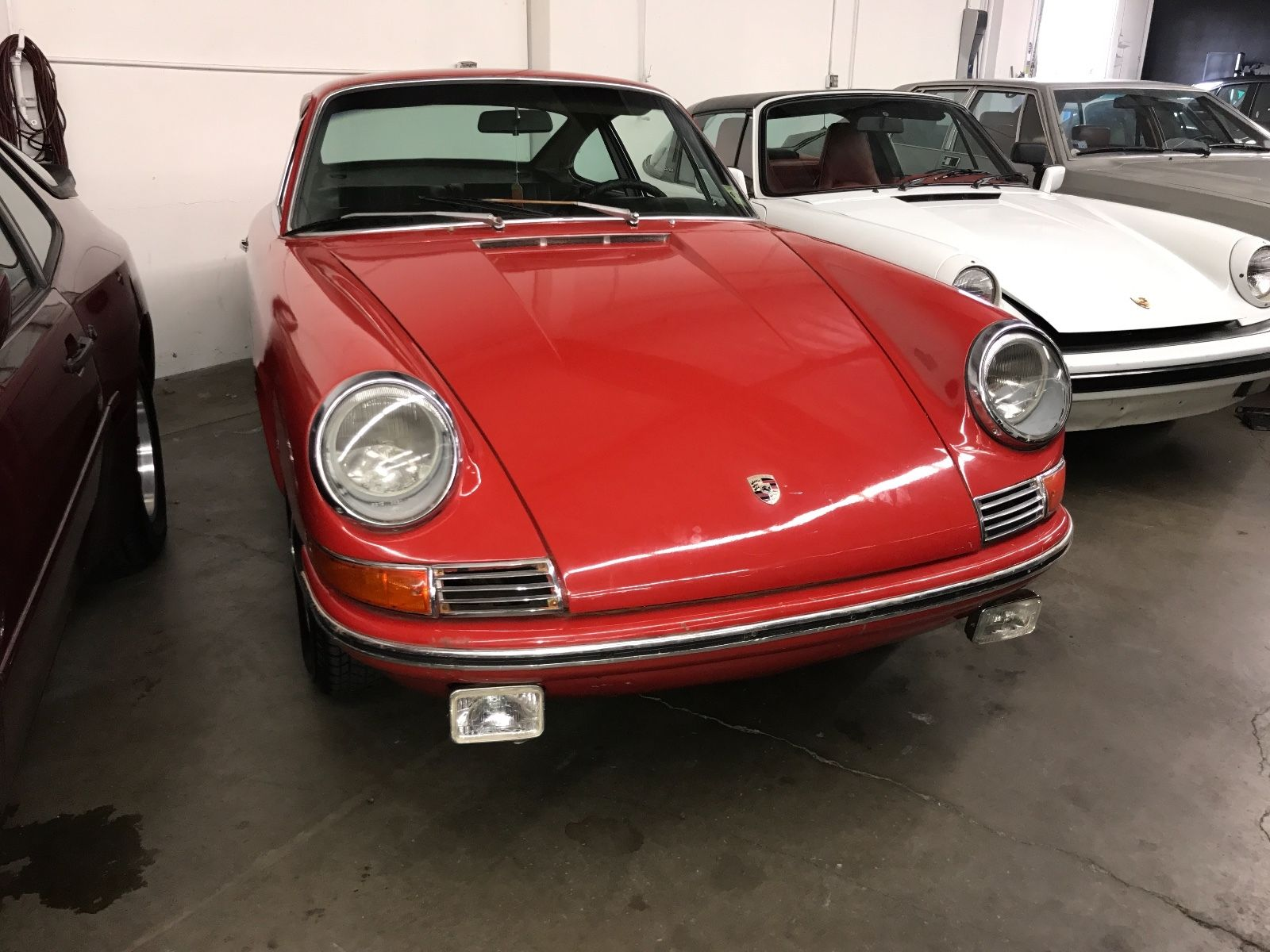 Porsche 911 1965 barn find (2)