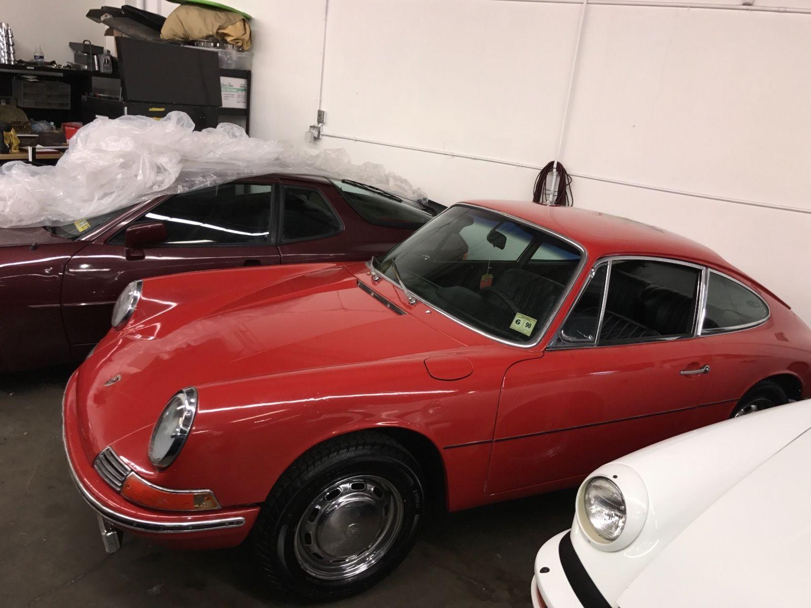 Porsche 911 1965 barn find (5)