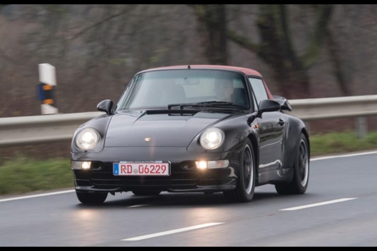 01-porsche-911-993-turbo-cabriolet-veiling (1)