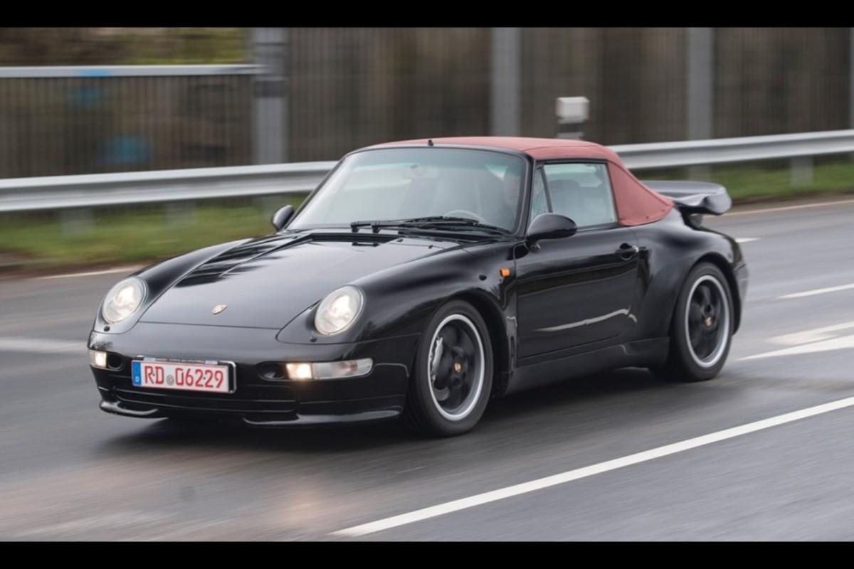 03-porsche-911-993-turbo-cabriolet-veiling (1)
