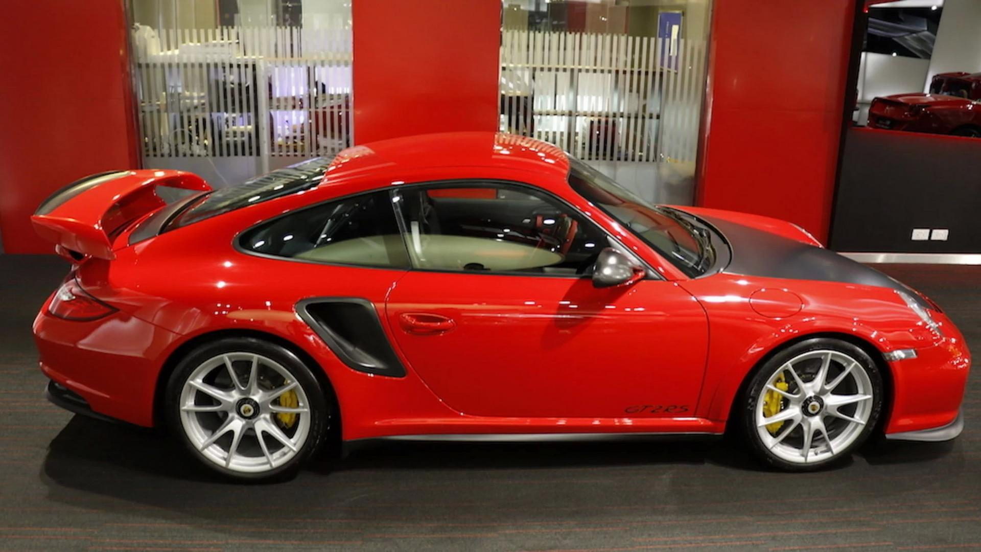 2011_Porsche_911_GT2_RS_for_sale_06