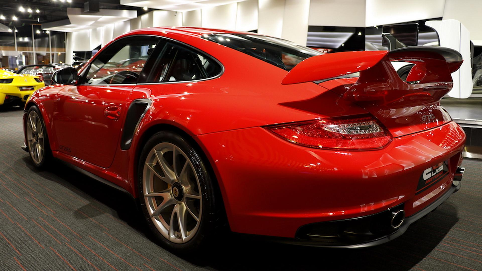 2011_Porsche_911_GT2_RS_for_sale_08