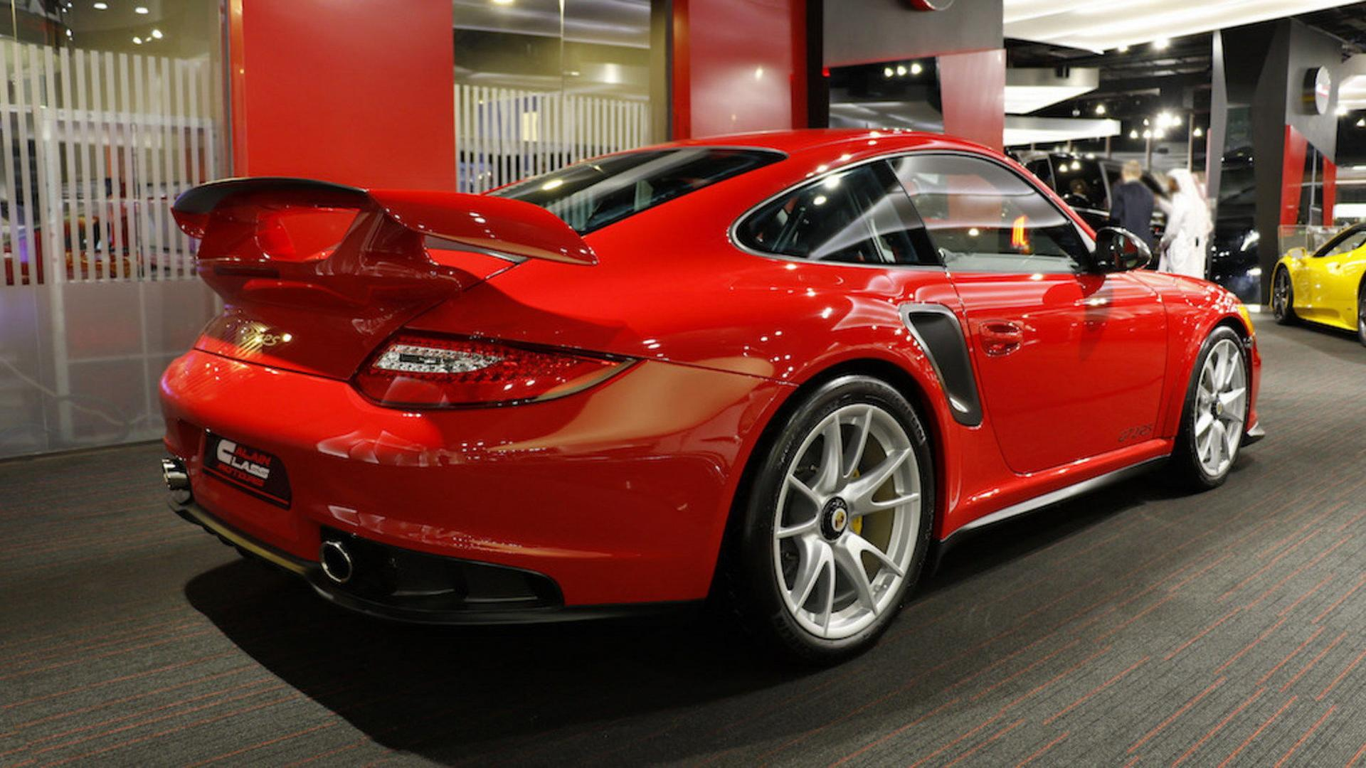 2011_Porsche_911_GT2_RS_for_sale_09