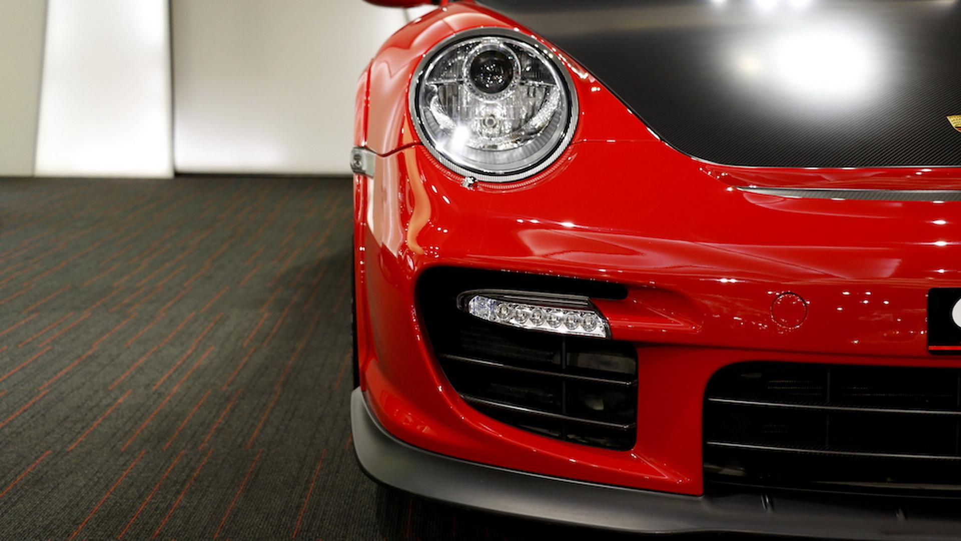 2011_Porsche_911_GT2_RS_for_sale_12