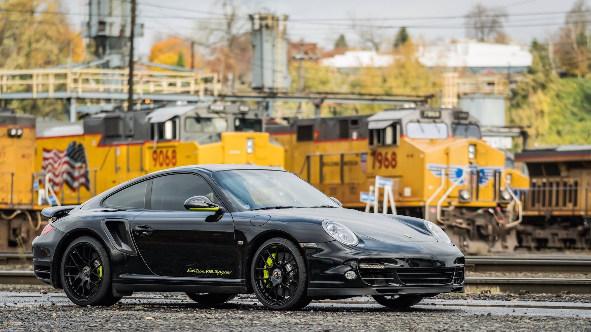 Porsche_911_Edition_918_Spyder_0001