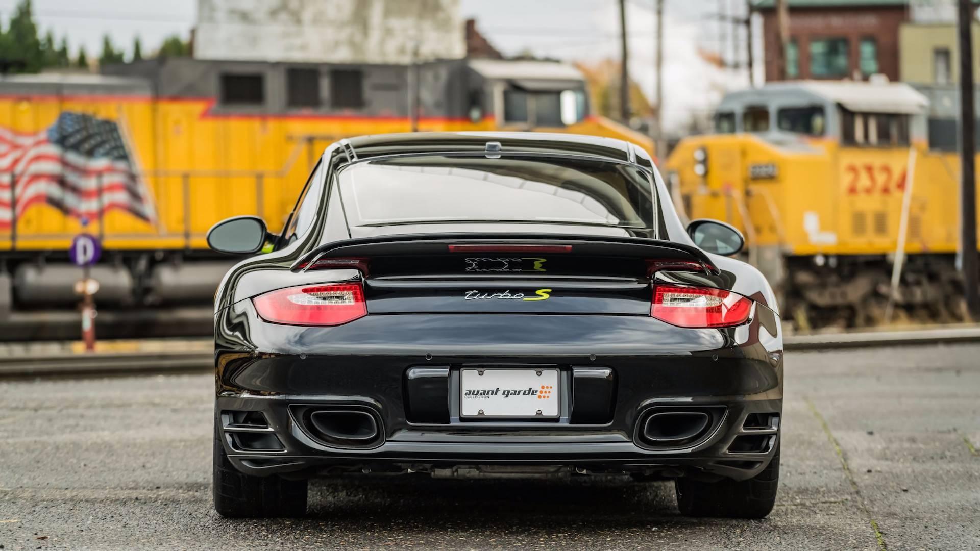 Porsche_911_Edition_918_Spyder_0003