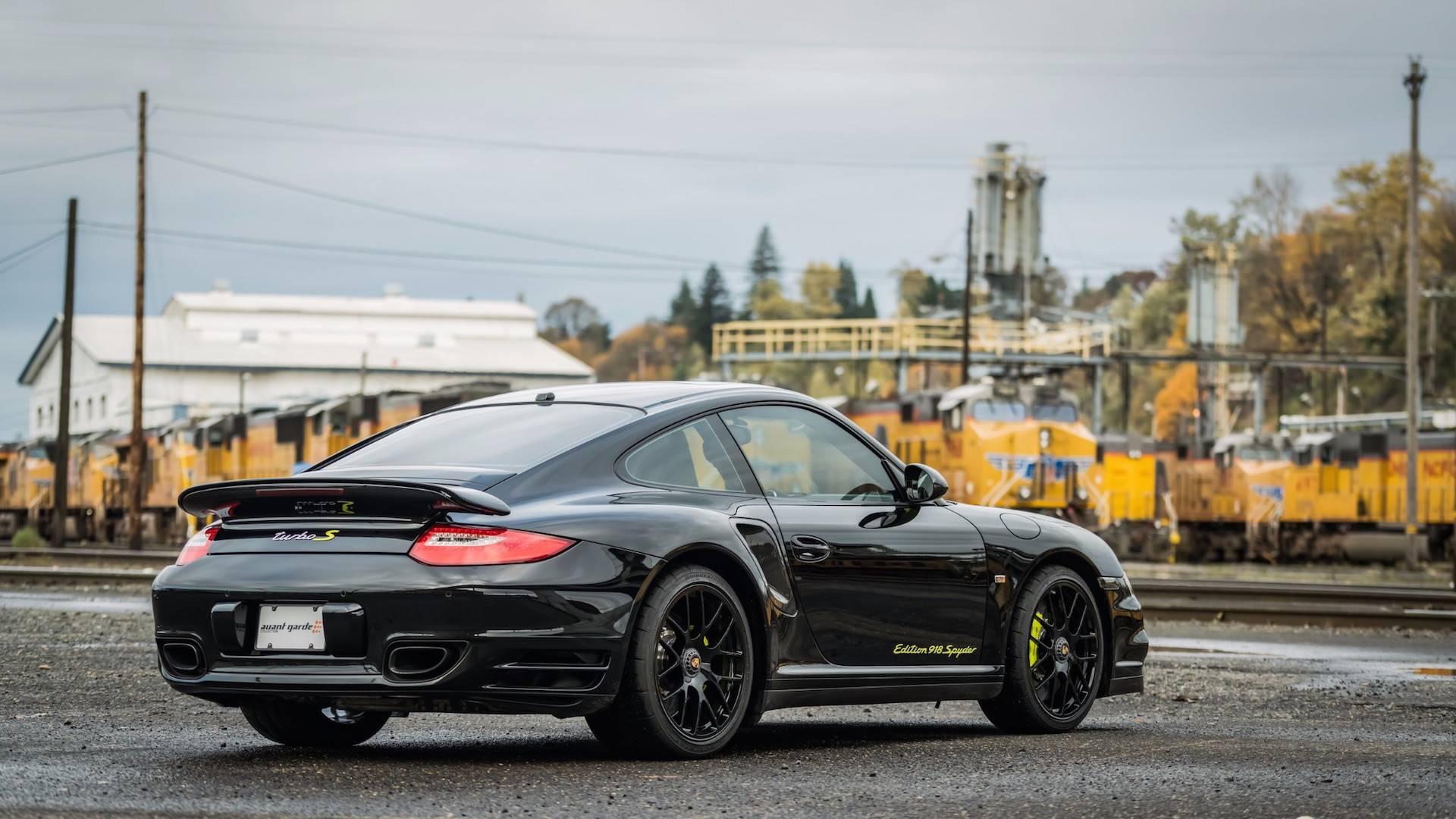 Porsche_911_Edition_918_Spyder_0005
