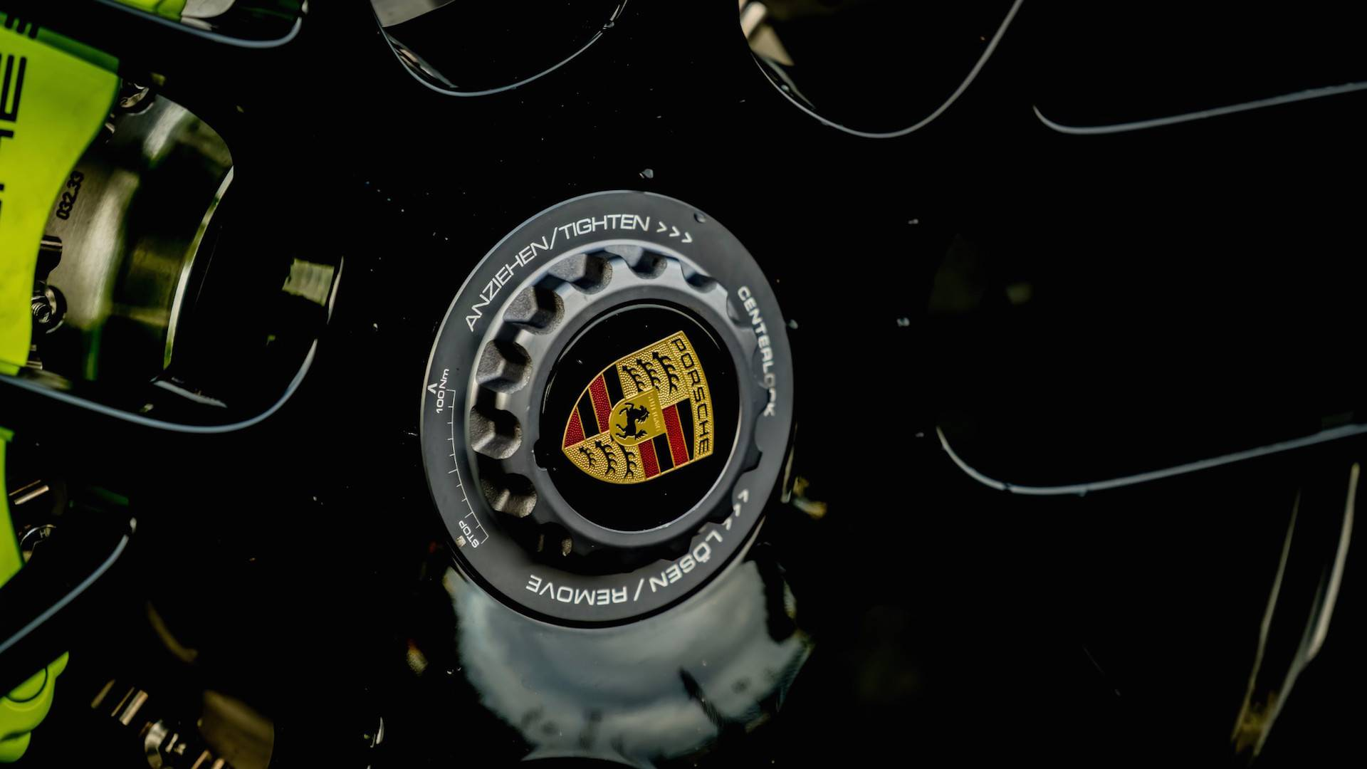Porsche_911_Edition_918_Spyder_0015