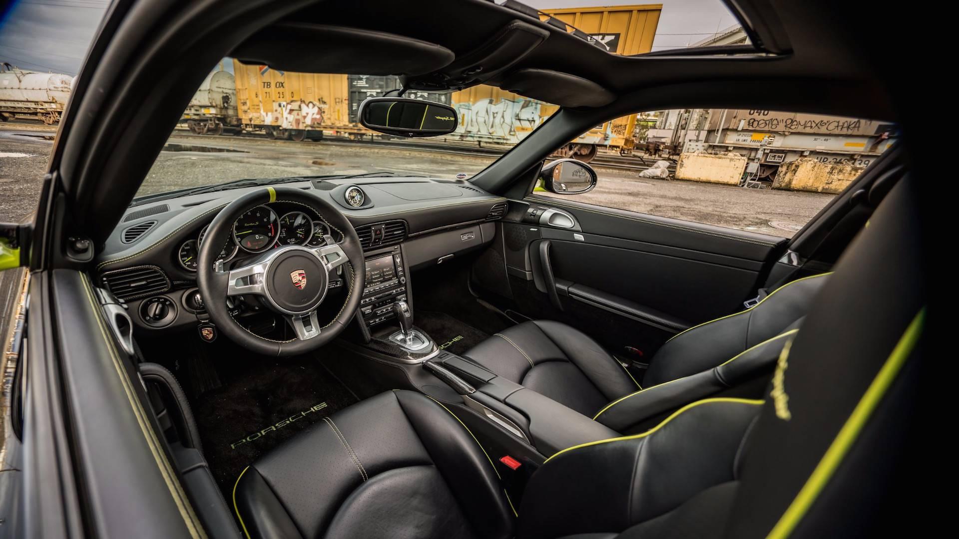 Porsche_911_Edition_918_Spyder_0016