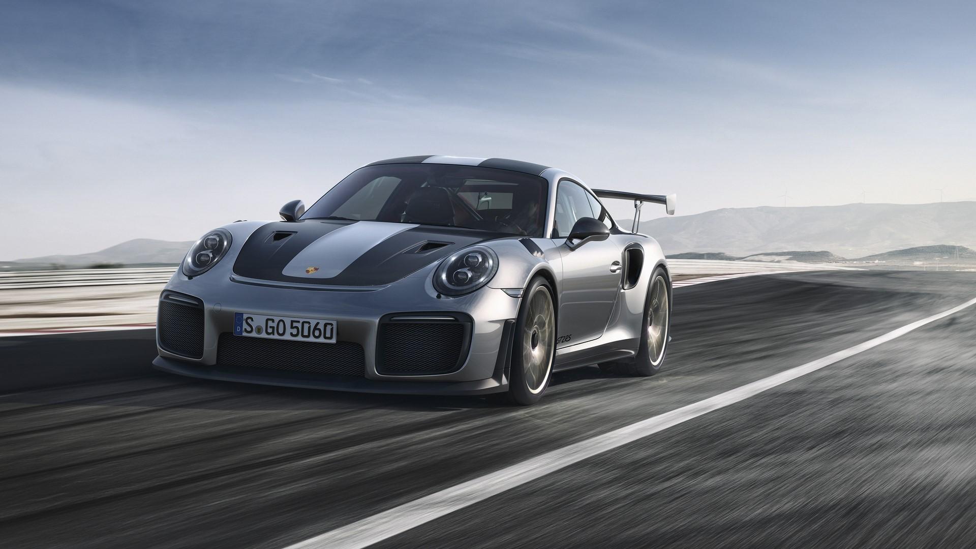 Porsche 911 GT2 RS 2018 (1)