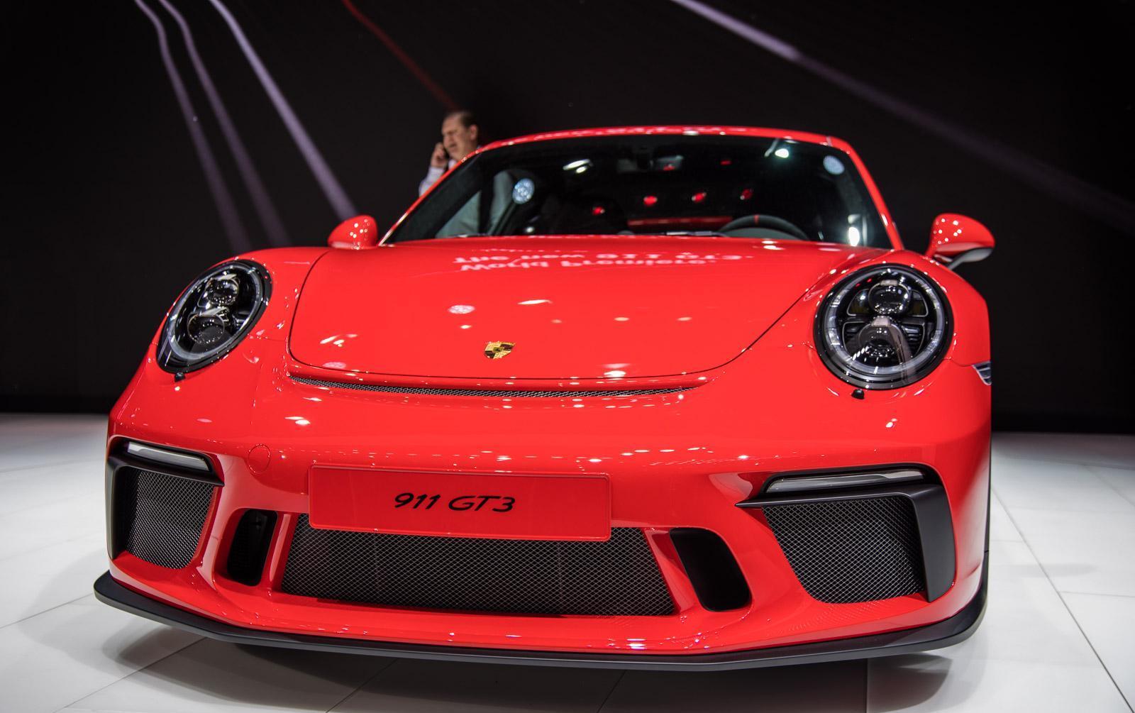 Porsche-911-gt3-facelift-002
