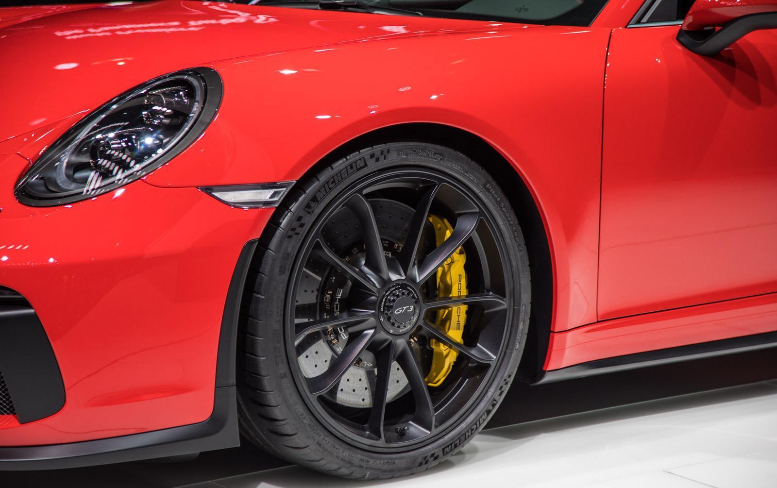 Porsche-911-gt3-facelift-005