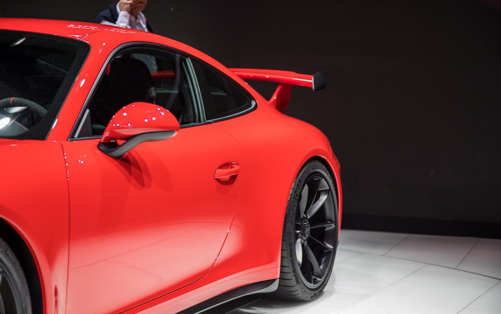 Porsche-911-gt3-facelift-006