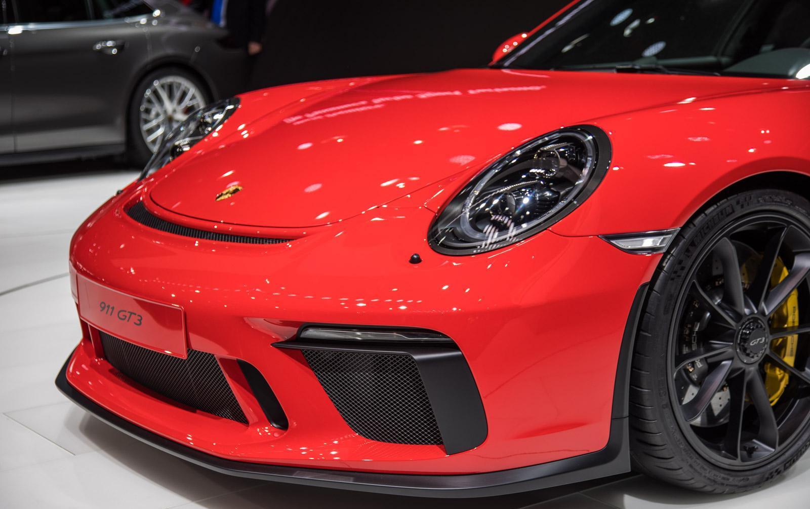 Porsche-911-gt3-facelift-007