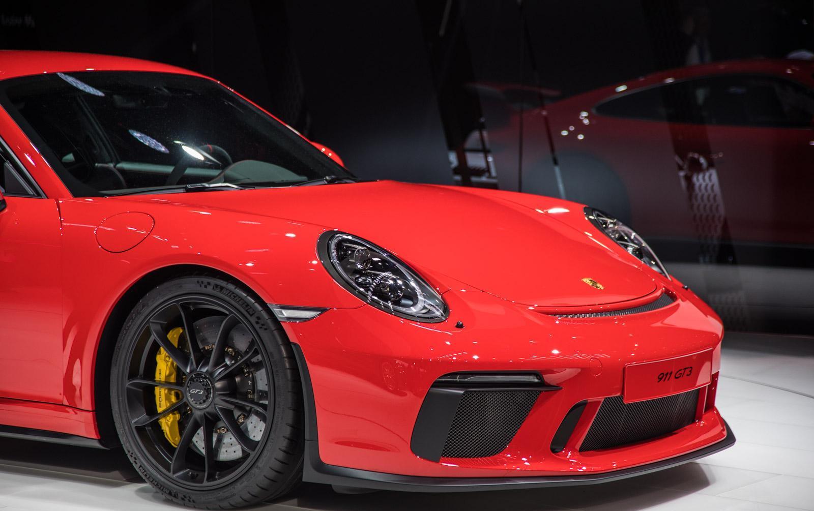 Porsche-911-gt3-facelift-008