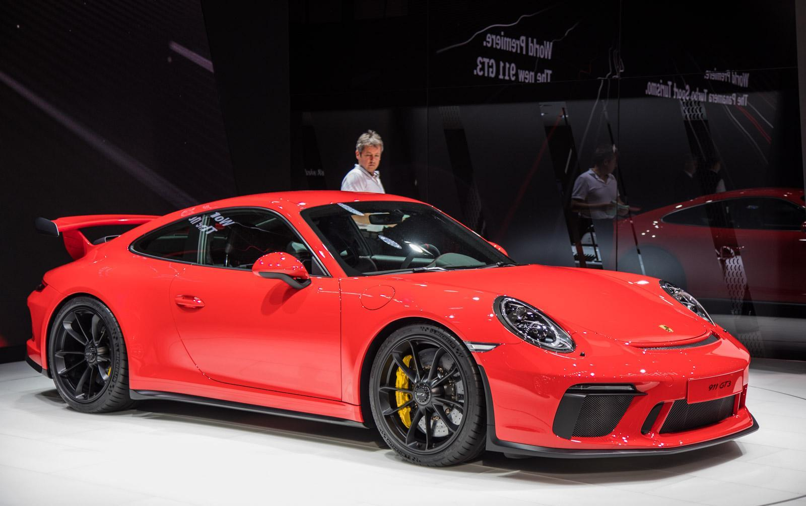 Porsche-911-gt3-facelift-009