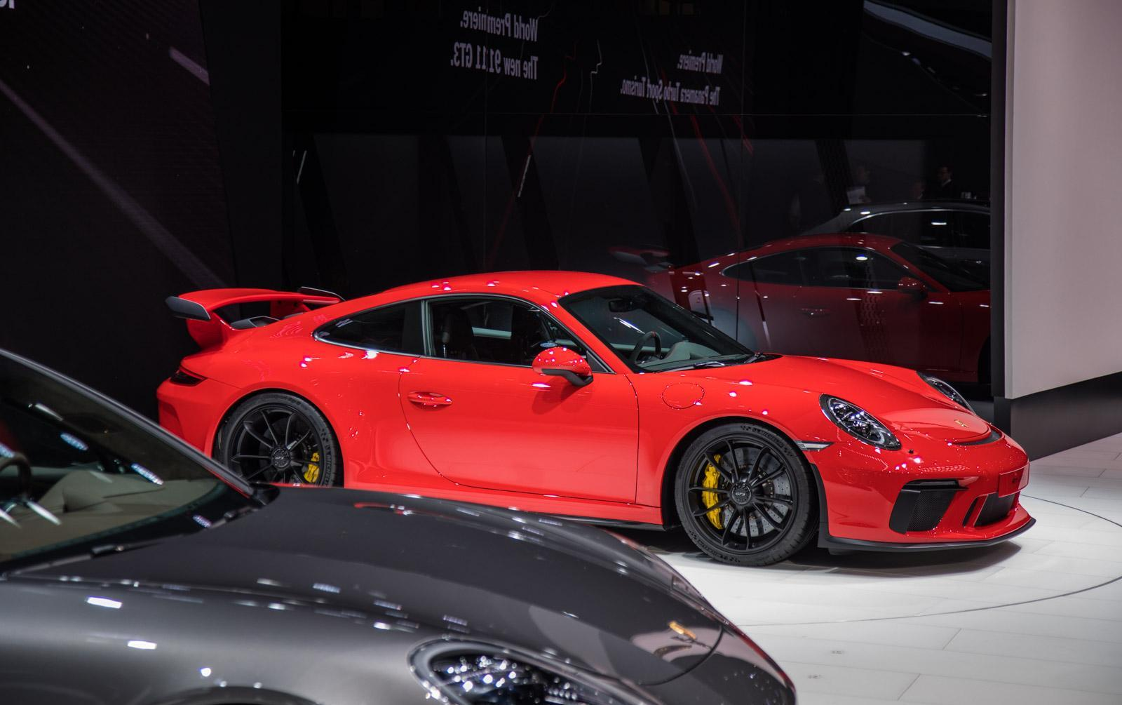 Porsche-911-gt3-facelift-010