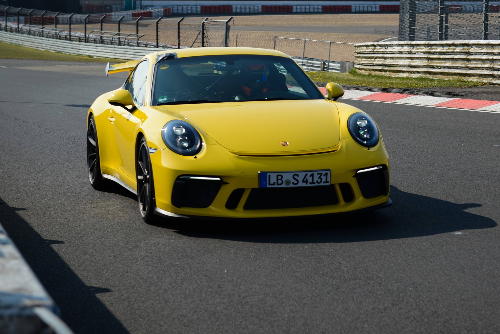 Porsche 911 GT3 facelift at Nurburgring (2)