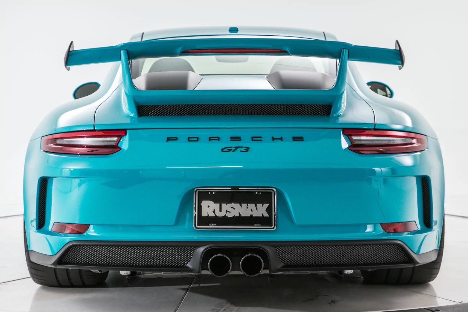 Porsche_911_GT3_Miami_Blue_02