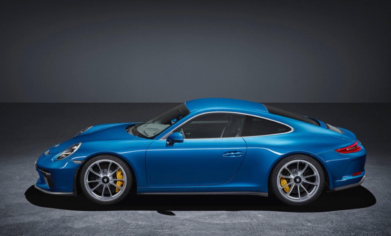 Porsche-911-GT3-Touring-Package-03