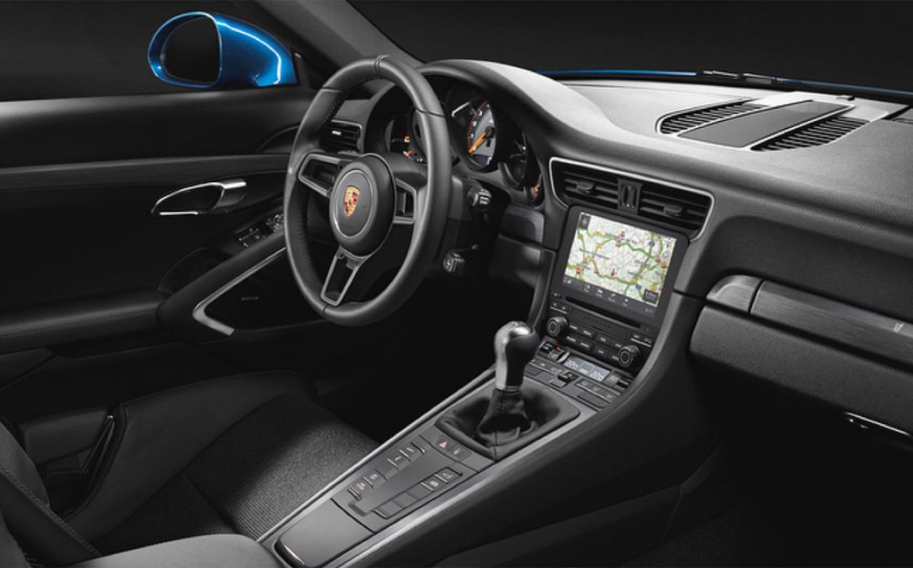 Porsche-911-GT3-Touring-Package-05