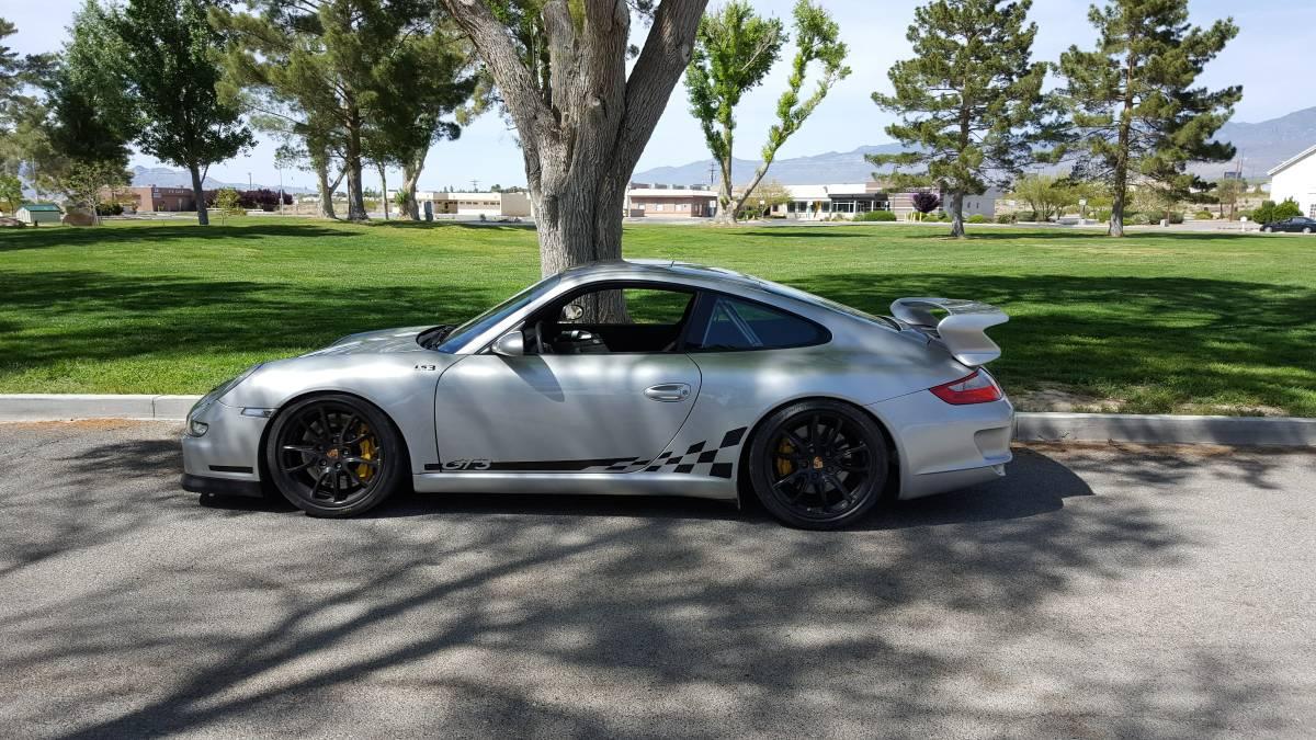 LS3-Porsche-911-GT3-2