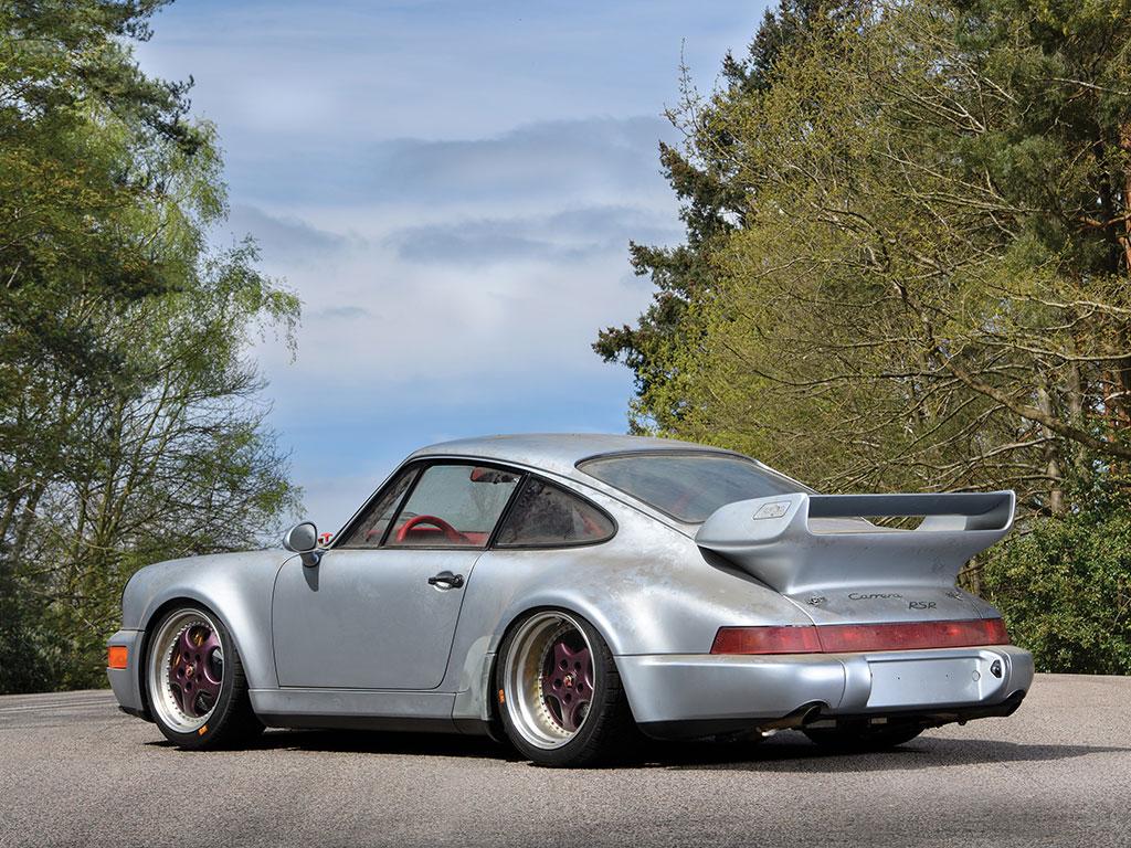Porsche_911_RSR_02