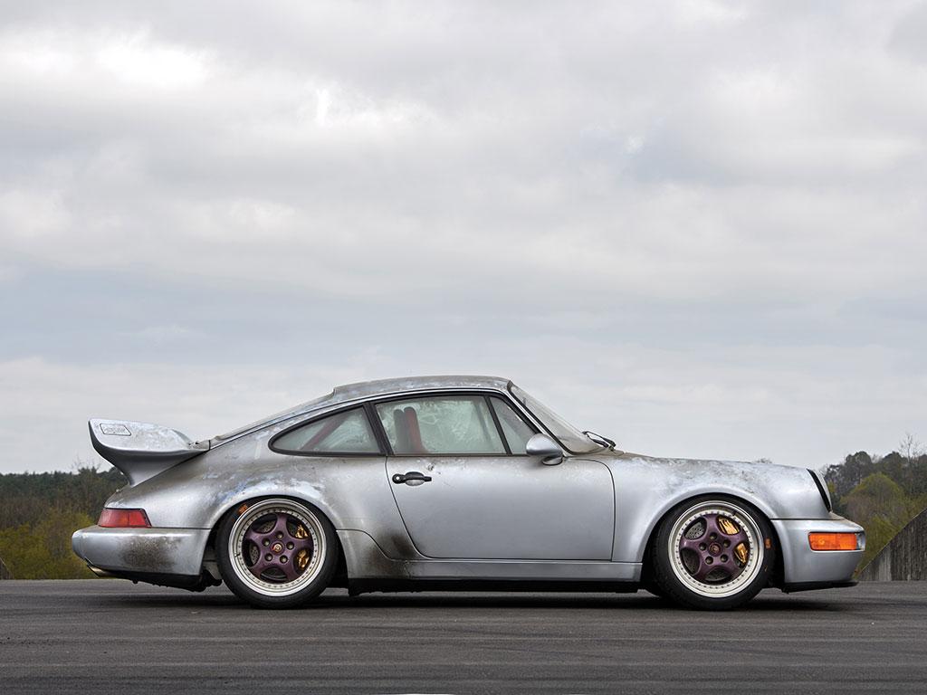 Porsche_911_RSR_05