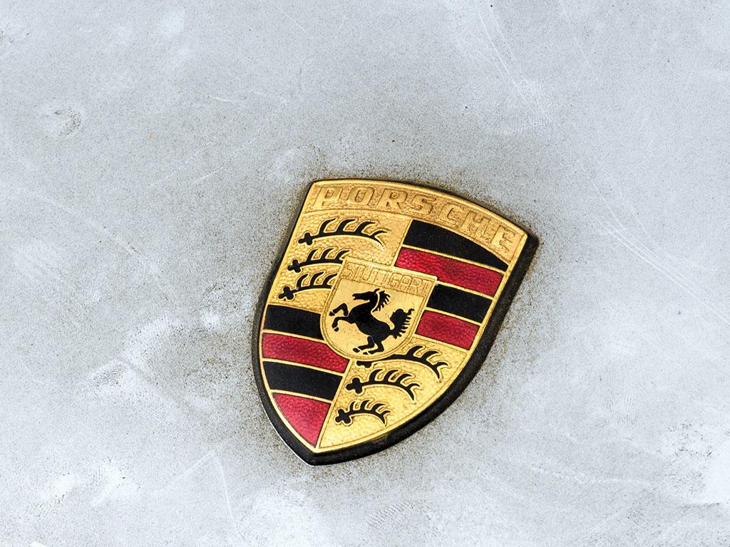 Porsche_911_RSR_06