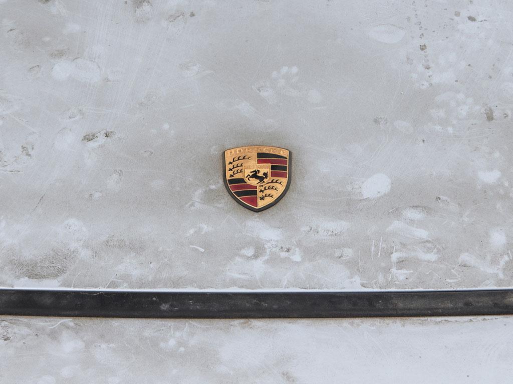 Porsche_911_RSR_09